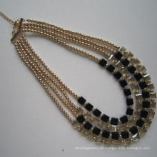 4 Reihen Mode Kostüm Halskette für Frauen