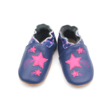 Venta caliente Girls New Design Shoes Soft Leather