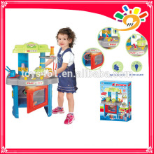 Plastic kitchen table cooking set for kids with light and music