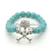 Bracelet en pierres précieuses élastique en perles rondes turquoise de 8MM avec crâne Diamante au milieu