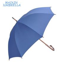 Productos chinos de calidad pequeña cantidad Barato mango largo de madera azul tallado de golf unbrella logotipo personalizado para el hotel
