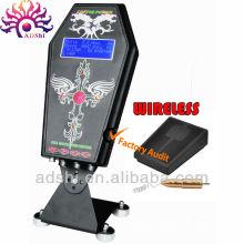 Fuente de alimentación sin hilos caliente del tatuaje del LCD de la favorable para la pistola del tatuaje