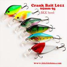 Isca de pesca com manivela colorida