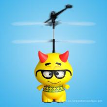 2015 nuevo juguete teledirigido de juguete de niño astronauta volando helicóptero fabricante