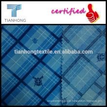 escudo e coroa e verificar o padrão de xadrez impressa popeline tecer algodão impresso 97gsm fino tecido para camisa