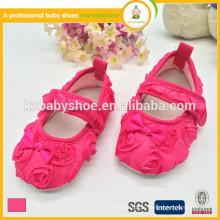 Heißer Verkauf des heißen Verkaufs der reizvollen rosafarbenen Satinkindmädchen-Kleidschuhe