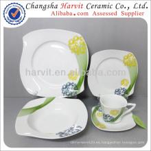 China Vajilla Elegante Líneas Modernas Patrones S Cuadrado En Forma De Vajilla Cena Set / Alemania Fine Porcelain Dinnerware Set