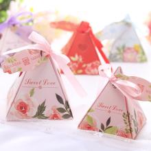 Caja de caramelos de recuerdo de boda europea de pirámide