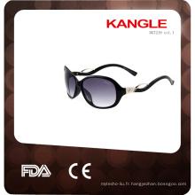 2017 bonne conception et personnalisé lunettes de soleil en plastique