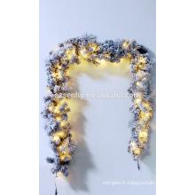 """9 'x 16 """"pré-allumée Flan Aspen Pine Artificial Christmas Garland"""