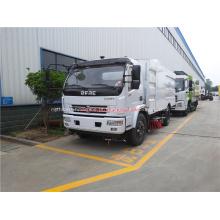 Máquina varredora montada em caminhão