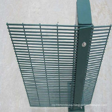 76.2*12.7*4mm Anti Climb 358 High Security Welded Wire Mesh Fencing