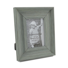 New Wooden Looking Plastic Photo Frame for Home Decoration