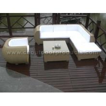 Sofá do Rattan ao ar livre