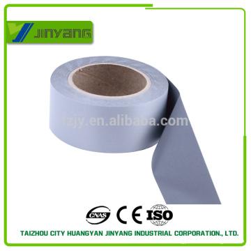 Vente chaude Made In Chine tissu 100 % Polyester