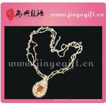 Collier pendentif en cristal au goutte d'eau au crochet