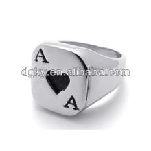 Póker de acero inoxidable Un par de anillos de compromiso