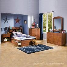 Ensemble de chambre à coucher de 5 pièces en bois de Pine Pine