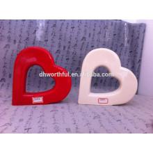 Прекрасный домашний декор керамического орнамента сердца