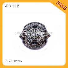 MFB112 Мода удалить джинсы металлический логотип кнопку