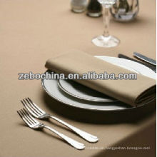 Direkte Fabrik machte verschiedene Farben erhältlich Luxus Großhandel nassen Servietten für Restaurant