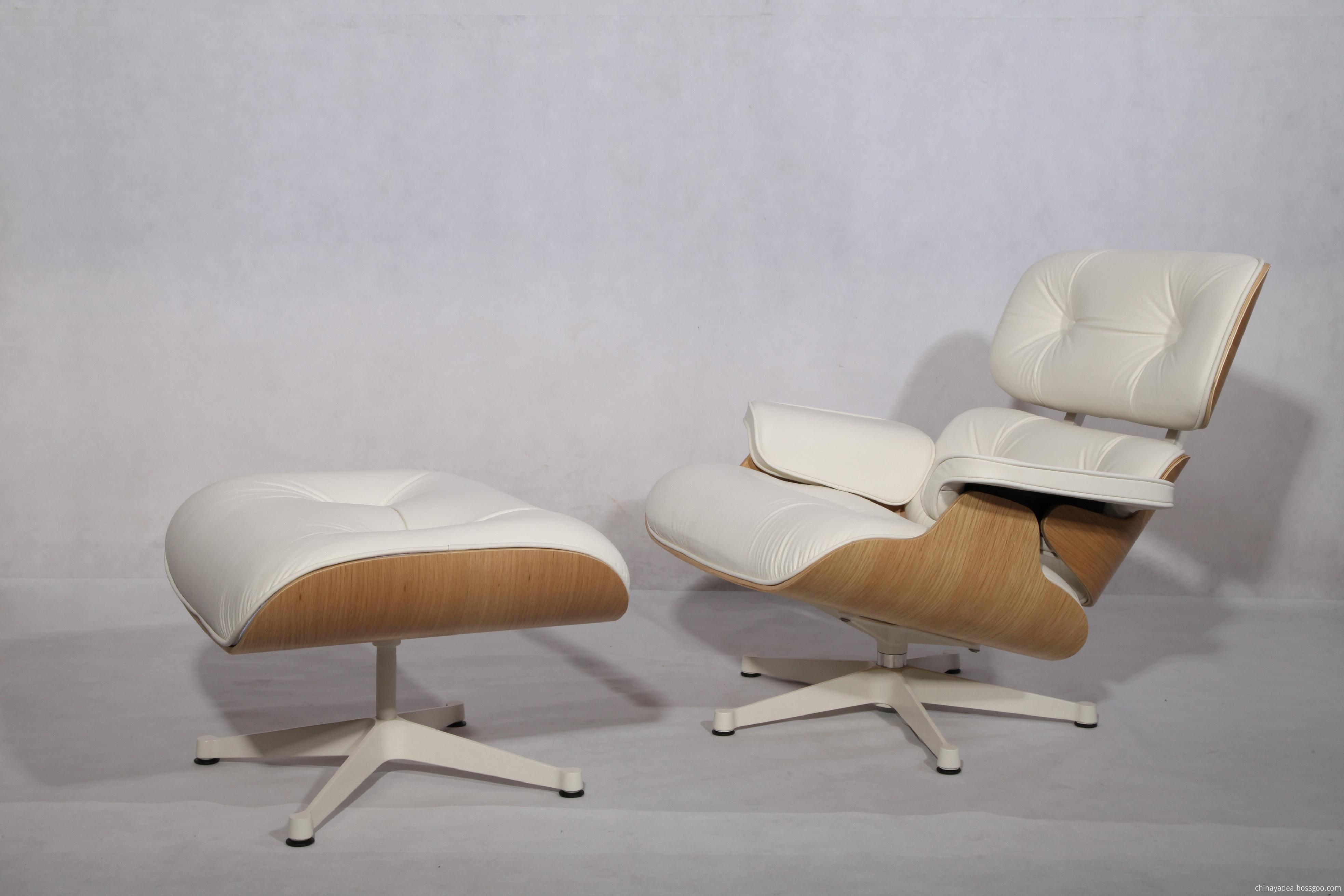 Charles and Ray Eames Oak Wood veneer and white base