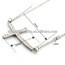Alta calidad Sideway CZ cruz de piedra collar colgante de acero inoxidable collar de cadena de plata para las mujeres