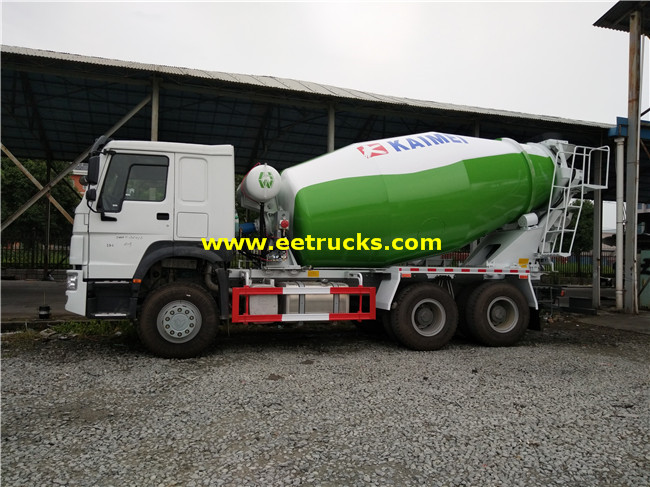 10 CBM Cement Mixing Vehicles