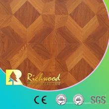 Assoalho laminado de madeira absorvente do som do carvalho de 12.3mm E0 AC4 gravado