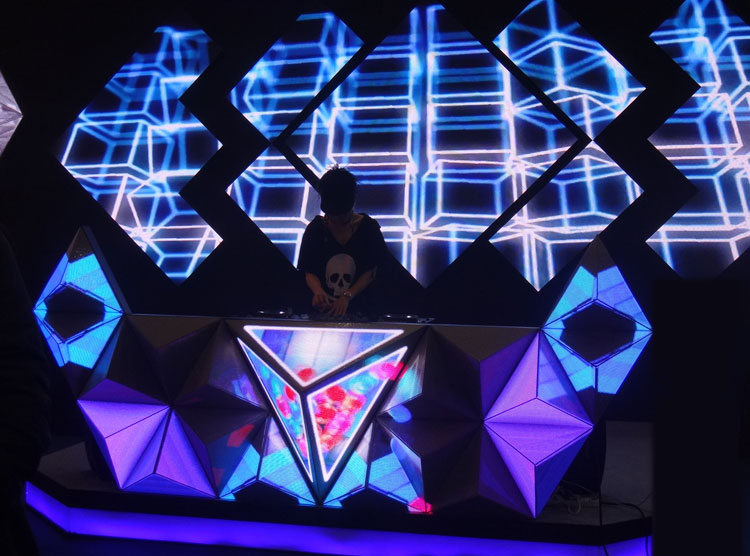 Shaped DJ Stage Screen