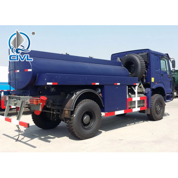 Camion de distribution de carburant HOWO 4x4 RHD