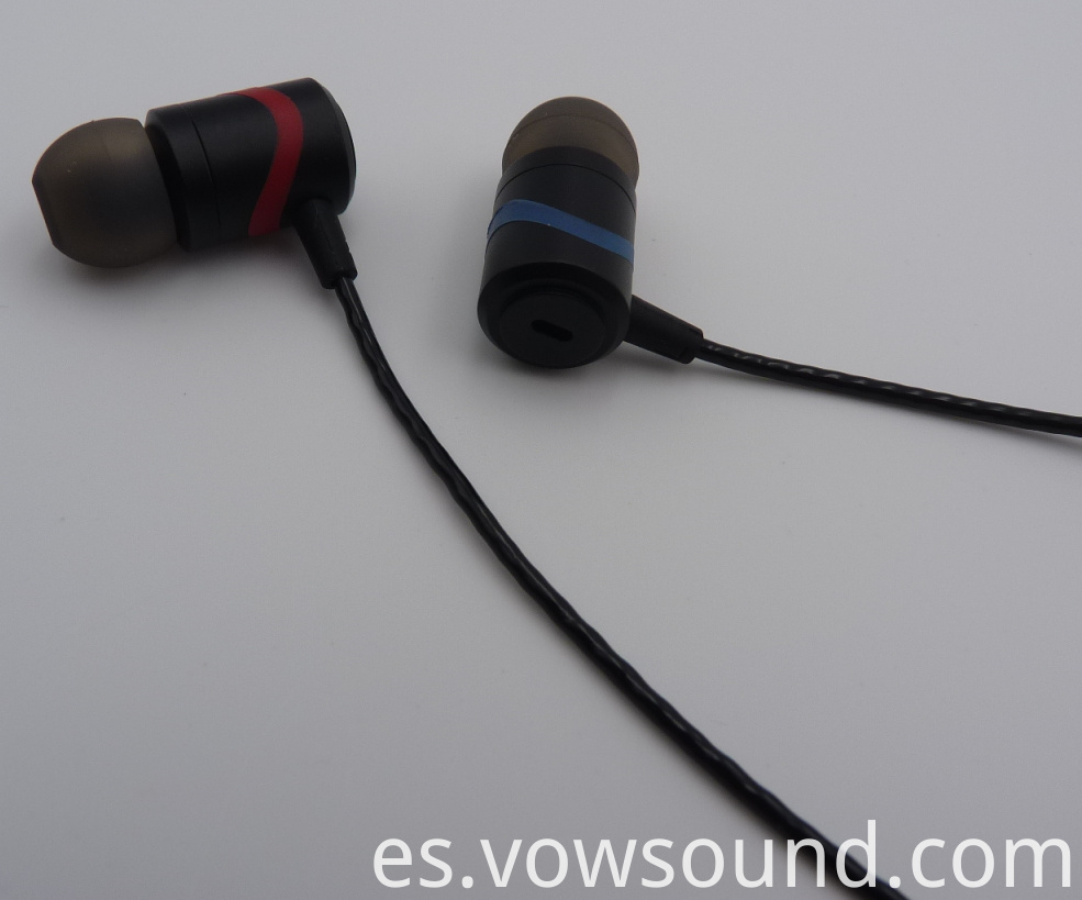 Stereo Bass in Ear Headphones