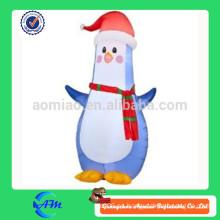 Pingüino inflable de la Navidad