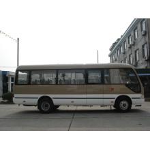 Mini-ônibus de 20 assentos com bom desempenho e funcionalidade prática
