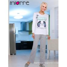 Miorre OEM Venta al por mayor de las mujeres de la mariposa impresas% 100 pijamas de manga larga de algodón conjunto