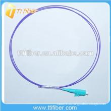 OM4 LC fibra óptica Pigtail 0,9 mm