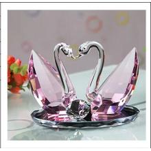 Conjunto de cisne de cristal rosa para decoração de presentes de casamento (ks03045)