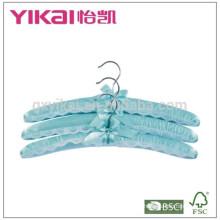 Набор 3pcs голубой атласной мягкой вешалка с кружевами украшены