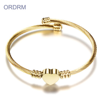 Gold Heart Charm Classic Cable Bangle Armband