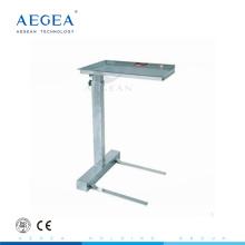 Soporte de bandeja AG-SS008B con una carretilla de carro de hospital de acero inoxidable con altura ajustable en un poste