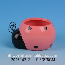 Garden ornaments ceramic flower pot in insect shape