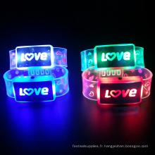 Bracelet léger électronique mené personnalisé de lettre d'amour
