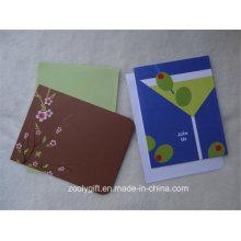 Folha que carimba o cartão do presente do convite do partido da placa do marfim