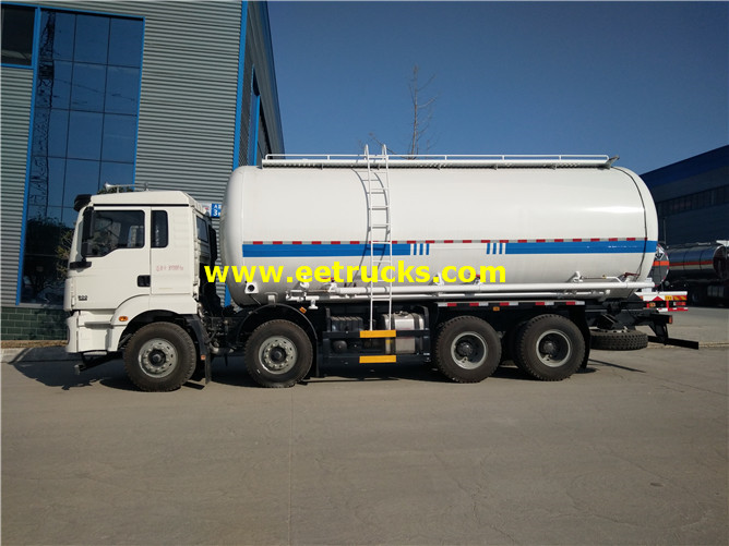8x4 Dry Pneumatic Delivery Trucks