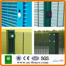 Clôture haute sécurité 358 / anti escalade clôture haute sécurité