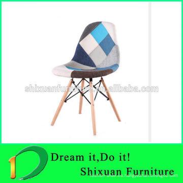 silla de madera colorida del remiendo de las piernas de madera vendedoras