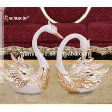 Home decoration polyresin animal figurine swan table statues for hot sales