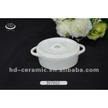 Oval shape ceramic casserole dish with lid