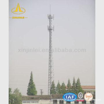 Torre de telecomunicação tubular de aço