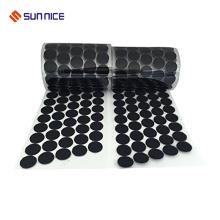 Adhesivo adhesivo fuerte y puntos de lazo con pegamento posterior